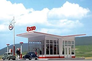 Tankstelle Esso, aus den 50er Jahren, Modellauto, Bausatz, Busch 1:87