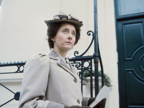 The Duchess of Duke Street Episode #1.1