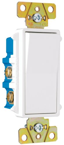 Pass And Seymour Tm874Wcc6 Four-Way Decorator Switch 15-Amp 120/277-Volt, Grounding, White