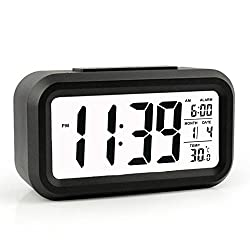 Alarm Clock, He Qiao Led Clock Slim Digital Alarm Clock Large Display Travel Alarm Clock With Calendar Battery Operated For Home Office (Temperature Display, Snooze Function, Smart Back Light) Black