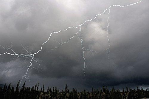 mark-newman-design-pics-lightning-strike-and-storm-over-the-alcan-highway-yukon-territory-canada-sum