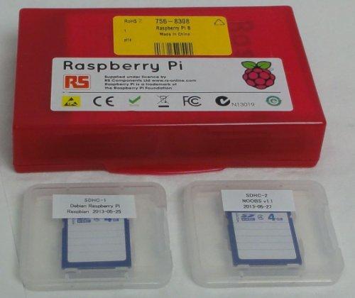 Raspberry Pi Model B (512MB) とSDHCカード2枚(日本語環境設定済みRaspbianとNOOBS)