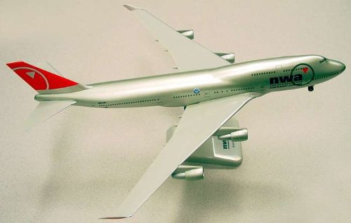 Hogan Northwest B747-400 New Colors 1/200 W/GEAR