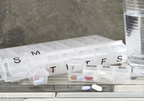 Travelon 7 Day Pill Organizer, Clear, One Size (Clear Pill Container compare prices)