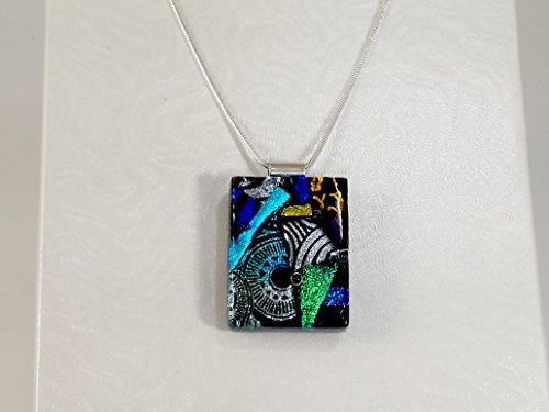 necklace-pendants-de-lux-range-fused-glass-lynne-sterling-silver-chain-jewellery
