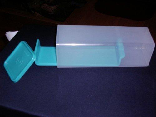 tupperware-velveeta-cheese-keeper-clear-with-turquoise-seal-by-tupperware