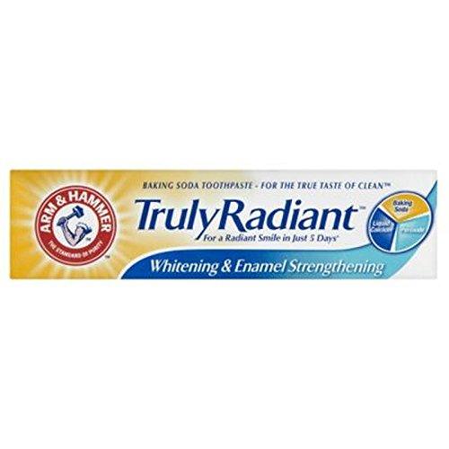 arm-hammer-vraiment-rayonnante-blanchiment-email-renforcement-de-bicarbonate-de-soude-dentifrice-75m
