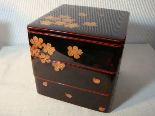 【川連漆器】木製 三段重 桜磨蒔絵 (5寸)