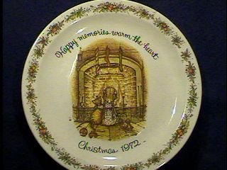 HH1972 Happy memories warm the heart Christmas 1972 Holly Hobbie American Greetings Commemorative Edition 12 inch plate