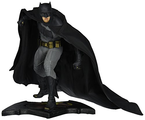 DC Collectibles Batman vs. Superman: Dawn of Justice: Batman Statue