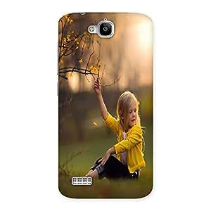 Ajay Enterprises Sweet Girlchild yellow Back Case Cover for Honor Holly