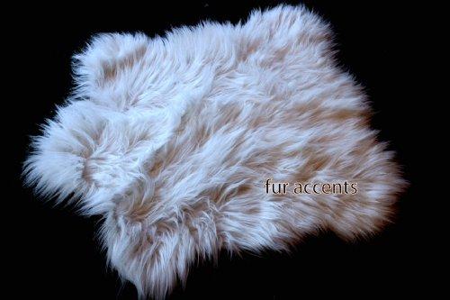 Fur Accents Faux Fur Accent Rug / Chubby Bear / Fake Sheepskin Carpet / Off Whtie 2'x3'