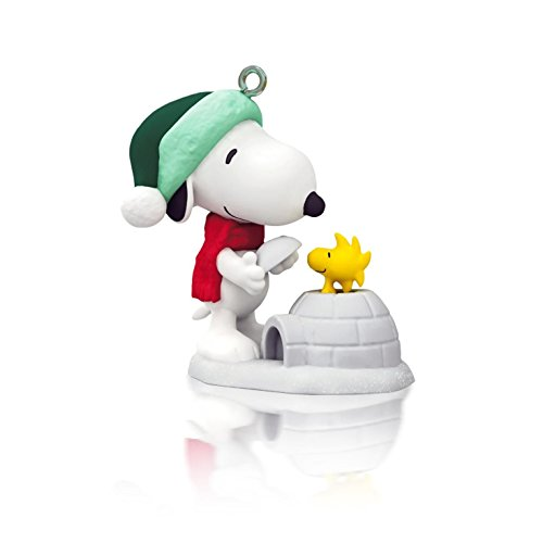 Winter Fun With Snoopy 17th In Series - 2014 Hallmark Keepsake Miniature Ornament