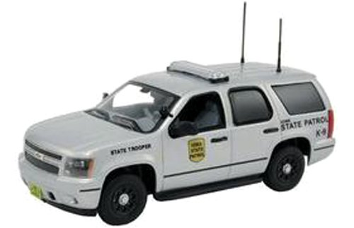 first-response-1-43-2011-chevy-tahoe-police-iowa-state-patrol-japan-import