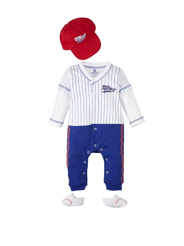 Baby Aspen Big Dreamzzz Baby Baseball Layette Set with Gift Box