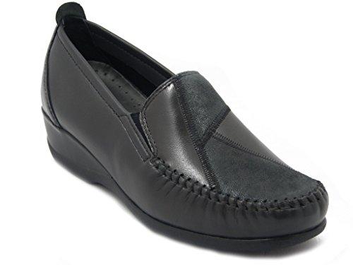 Mocassino Kelidon linea comfort, scarpa in pelle colore grigio, suola in gomma flessibile e antiscivolo, zeppa 4cm. 2806 inv.16