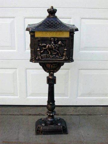 Cast Aluminum Victorian Cast Aluminum Pedestal Mailbox