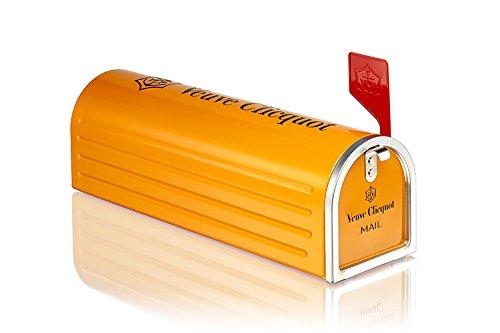 veuve-clicquot-mailbox-edition-yellow-label-nv-champagne