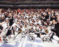 2010 Chicago Blackhawks NHL 8x10 Photograph Stanley Cup Champions Team Celebration