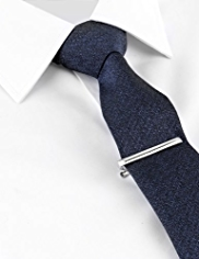 Limited Collection Textured Tie with Tie Clip