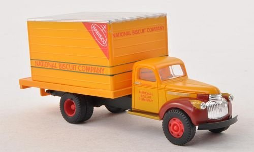 chevrolet-delivery-truck-nabisco-model-car-ready-made-classic-metal-works-187-by-chevrolet