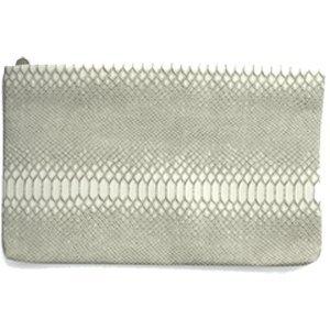 clutch-white-snake-bolso-de-mano-con-textura-serpiente-escamada-en-color-blanco-roto-con-cierre-de-c