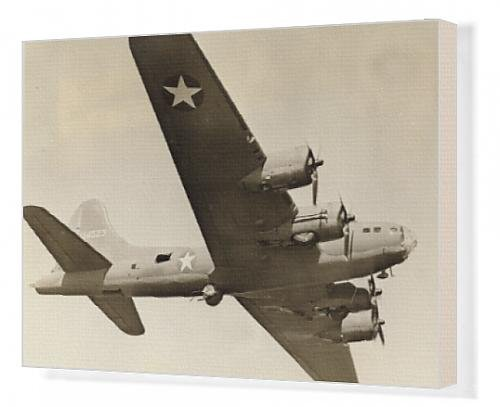 Canvas Artwork of Boeing B-17F Flying Fortress in flight