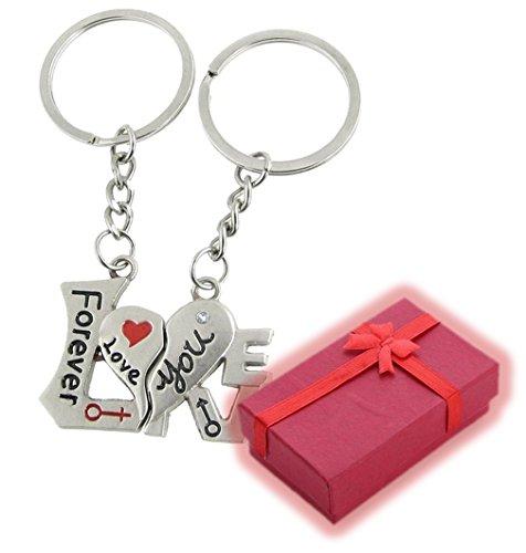 Nido del Bimbo 569 - [LOVE WORD] Coppia Portachiavi con Scatolino Rosso - San Valentino - Compleanno - Anniversario - Ricorrenza - Regalo Speciale d'Amore - Natale - I Love You