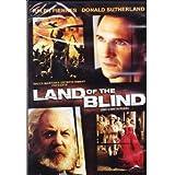 Land of the Blind (Dans la mire du pouvoir) (Bilingual)