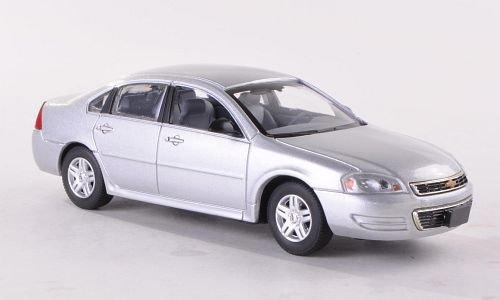 chevrolet-impala-argento-2011-modello-di-automobile-modello-prefabbricato-american-heritage-modelos-