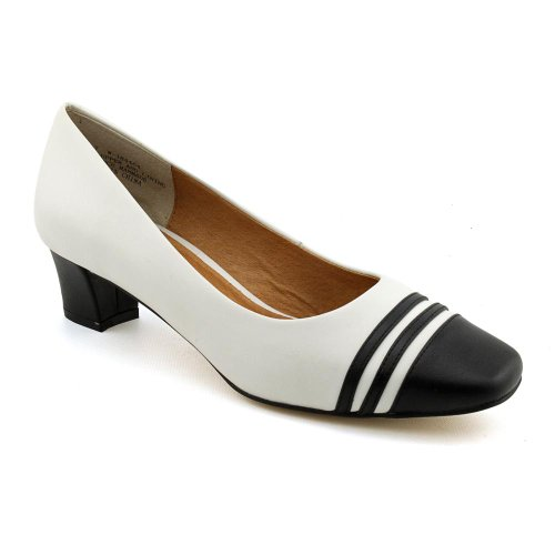 Auditions Classy Womens Size 12 White Leather Pumps, Classics Shoes