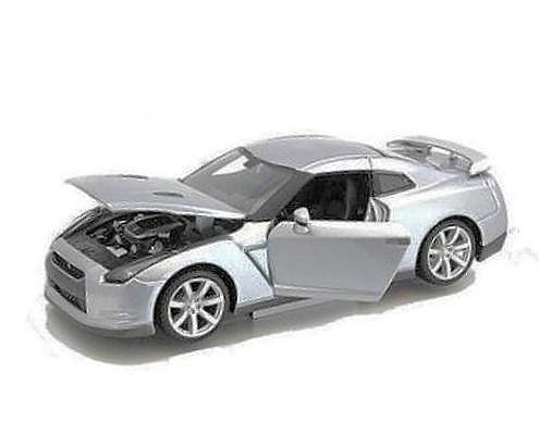 Maisto Silver 2009 Nissan GT-R - 1:18 Diecast Model Car Black Special Edition (Nissan Gtr Model compare prices)