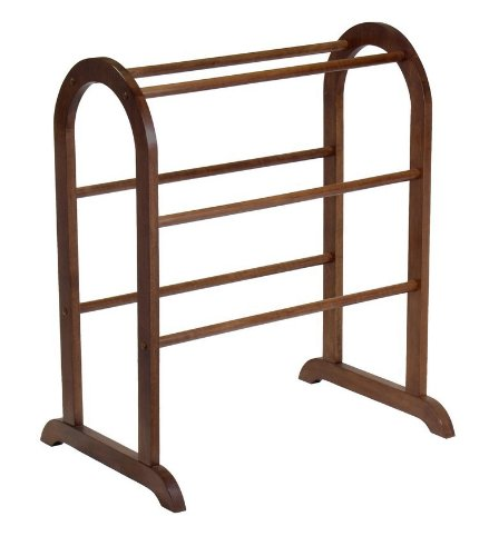 Winsome Wood Quilt Rack, Walnut [Kitchen] Part: 94326