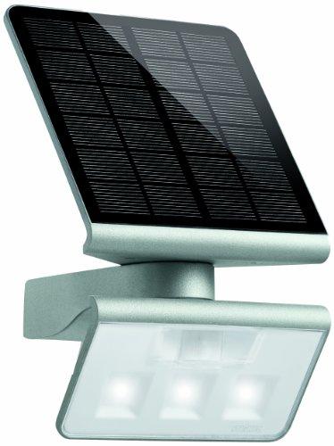 Steinel 671013 Außenwandleuchte Xsolar LED L-S, silber, Solarleuchte mit Bewegungsmelder, Ausleuchtung bis zu 30m², energieeffizient, IP44, 4000 Kelvin, Monokristallin