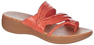 BareTraps Jumpout Women's Sandals Cherry Vintage Size 10 M (BT22292)