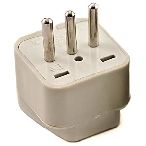 Vct Vp107 Universal Outlet Plug Adapter For Italy Travel Adapter Amazon Ca Electronics