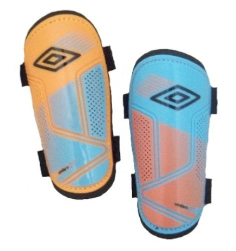 UMBRO GT Guard slip shin guards SMALL (3FT 11