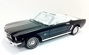 Motormax 1:18 Die-Cast 1964 1/2 Ford Mustang Convertible (Colors May Vary)