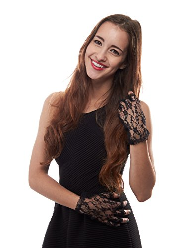 Tea for Two Floral Lace Wrist Length Half Finger Gloves