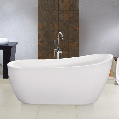 Free standing roll top bath