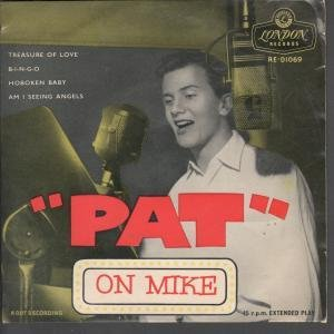 PAT ON MIKE 7 INCH (7 VINYL 45) UK LONDON 1957 by PAT BOONE