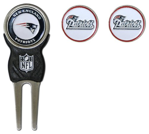 NFL New England Patriots Signature Divot Tool and 2 Extra Markers (Golf Divot Tools compare prices)