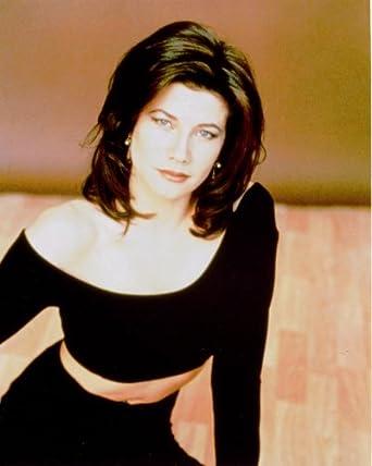 Daphne Zuniga 8x10 photo G4283 at Amazon's Entertainment Collectibles