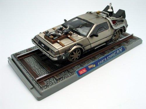 Diecast Model De Lorean LK Railroad Version (Back To The Future part 3) in Silver