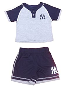 New York Yankees Toddler Boys 2pc Short Set by MLB
