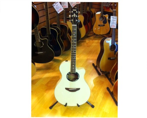 Yamaha Apx500 Thinline Cutaway Acoustic-Electric Guitar - Vintage White