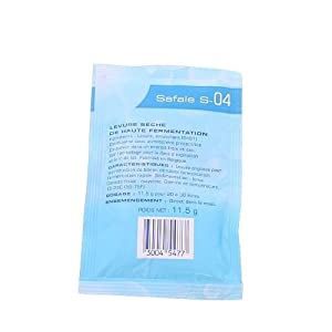 small packet of Safale S-04 dry yeast