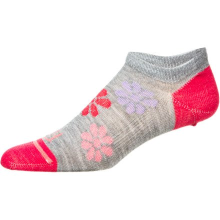 Fits Sock Co Women'S Paradise Pink/Flower Ultra Light Runner Noshow W Small (Men'S 3.5- 5.5, Women'S