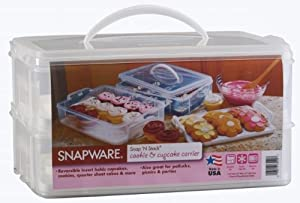 Snapware® Snap 'N Stack Cookie and Cupcake Carrier