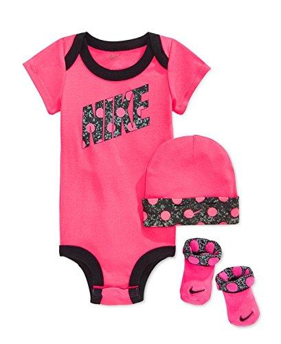 Nike Baby Girls 3-Piece Dot Bodysuit, Hat & Booties Set